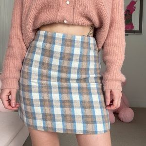 Plaid Mini Skirt 90s Style